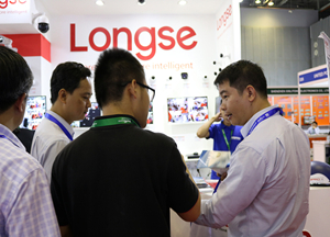 Longse attended Secutech Vietnam 2018, joined by TOAN PHAT on second day. Smart XVR Kits became one of the hottest items at the booth.
